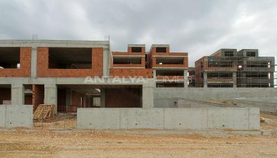 city-and-forest-view-deluxe-houses-with-garden-in-bursa-construction-003