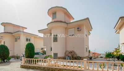 sea-view-detached-villas-with-a-spacious-terrace-in-alanya-001