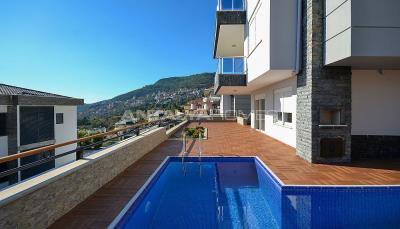 sea-view-5-1-villa-in-alanya-with-rich-features-001