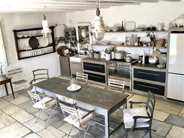 1-Kitchen-Amphitheatre--12-