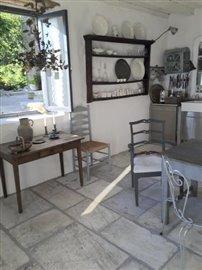 Kitchen-Amphithteatre