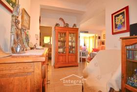 Image No.27-6 Bed Chalet for sale