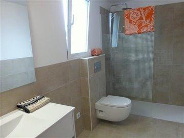 LS175-bathroom-Bad