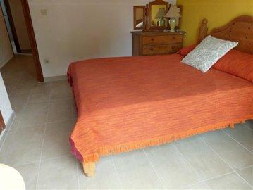 LS175-bedroom-Schlafzimmer-1