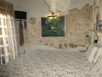Pe139-bedroom-Schlafzimmer-1