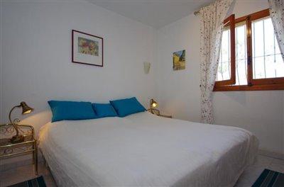bedroom-Schlafzimmer-1