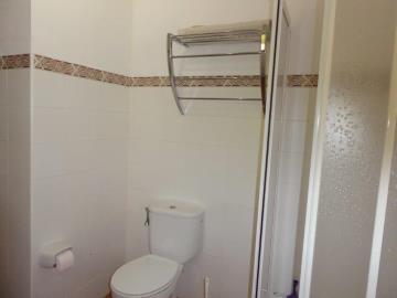 Alb430-bathroom-Bad-bano-2b