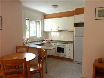 LSG135-kitchen-Kuche-cocina