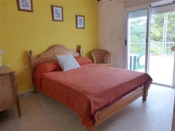 LS175-bedroom-Schlafzimmer-1-b