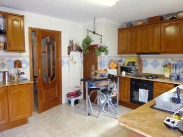Ben175A-kitchen-cocina-Kuche