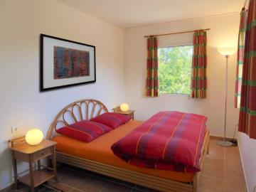 LS930-bedroom-guesthouse-Schlafzimmer-Gastehaus