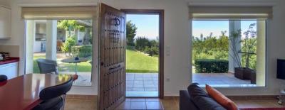 LS930-guest-house-views-garden-Garten