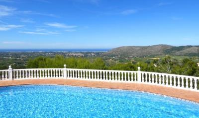 LS930-pool-sea-view