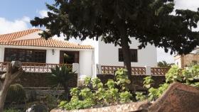 Image No.1-Villa / Détaché de 4 chambres à vendre à Antigua