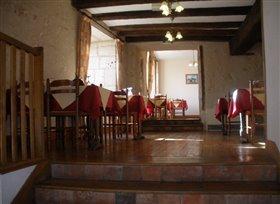 Image No.3-Propriété de 5 chambres à vendre à Montmorillon