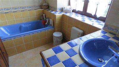 bathroom-reference-50916