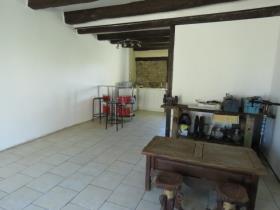 Image No.2-Chalet de 2 chambres à vendre à Vienne