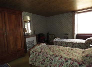 bedroom-1-reference-60803-640x467