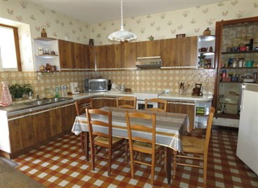 kitchen-reference-60807-640x467