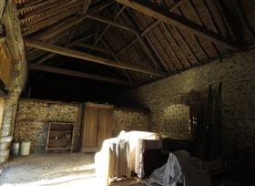 Image No.2-Maison de campagne de 1 chambre à vendre à Saint-Léomer