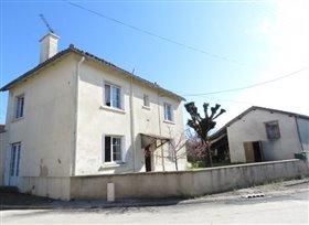 Image No.0-Maison de 3 chambres à vendre à Mouterre-sur-Blourde