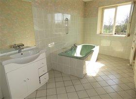 Image No.1-Maison de 3 chambres à vendre à Mouterre-sur-Blourde