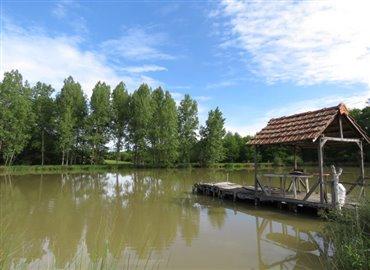 lake-a-reference-70505-640x467