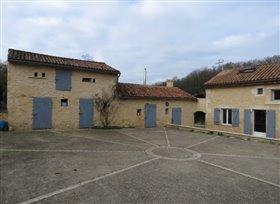 Image No.4-Maison de 4 chambres à vendre à Lussac-les-Châteaux