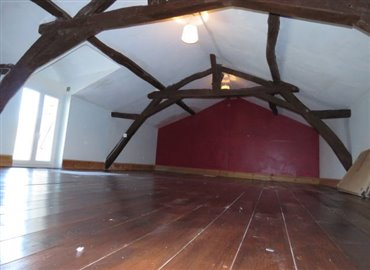 attic-a-reference-80705-640x467