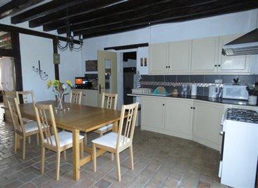 kitchen-b-reference-80708-640x467