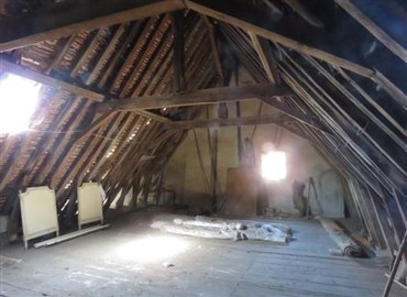 attic-a-reference-80802-640x467