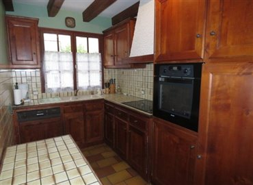 kitchen-reference-80805-640x467