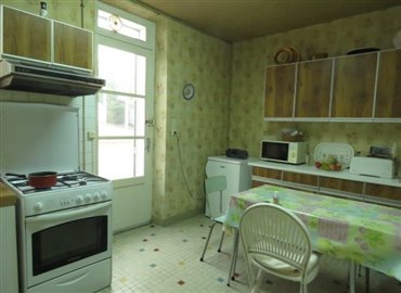 kitchen-reference-80906-640x467