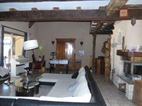 Image No.4-Propriété de 3 chambres à vendre à Saulgé