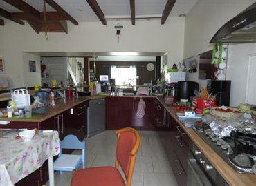 kitchen-reference-90804-640x467