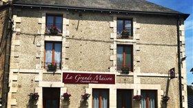 Image No.0-Propriété de 5 chambres à vendre à Saint-Savin