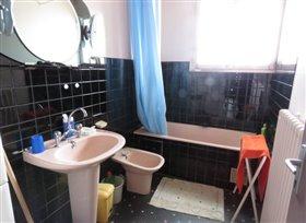 Image No.1-Bungalow de 3 chambres à vendre à Montmorillon