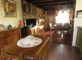 Image No.2-Maison de 3 chambres à vendre à Saint-Rémy-en-Montmorillon