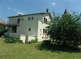 Image No.0-Maison de 3 chambres à vendre à Bourg-Archambault