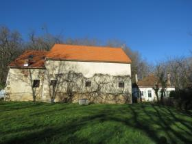 Image No.1-4 Bed Barn for sale