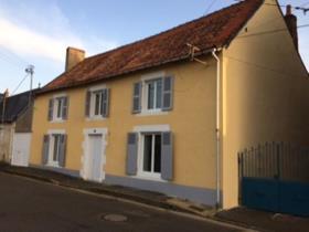 Image No.0-Maison de ville de 2 chambres à vendre à Montmorillon