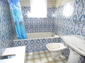 Bathroom-2-Reference-20502