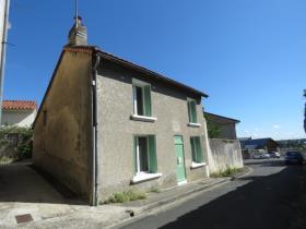 Image No.2-Chalet de 1 chambre à vendre à Montmorillon