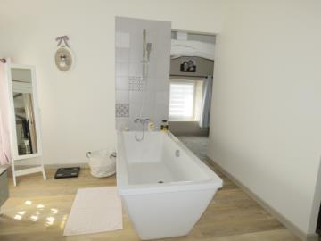 Bathroom-4-Reference-21301