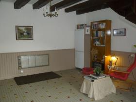 Image No.3-Chalet de 2 chambres à vendre à Persac