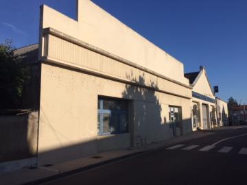 1 - Montmorillon, Commercial