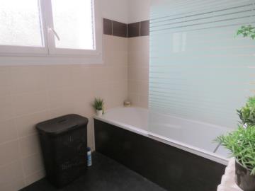 Bathroom-1-b-Reference-21902
