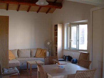 12--Cottage-inside-1
