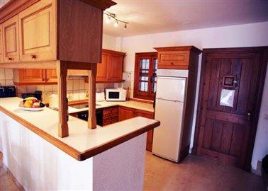 17-DP-38-Kitchen