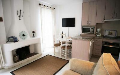 2--Patricia-25-Fireplace-1600x1200-1170x738
